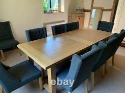 Beautiful Cotswold Company Dining Room Table and 10 Chairs (Cost £2100)