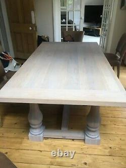 Neptune Balmoral table with extension leaves and 6 Barker & Stonehouse chairs