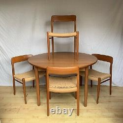 Niels Moller Model 75 4 Chairs And Round Teak Table Danish Mid Century Vintage