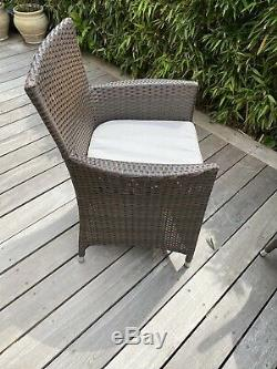 Royalcraft Rattan Paris Round Garden Table And 4 Chairs Excellent Condition