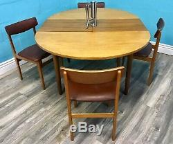 Stylish MID Century Vintage Retro Teak Dining Table And Chairs